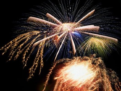 Hollywood Pyrotechnics - Professional Display Fireworks and